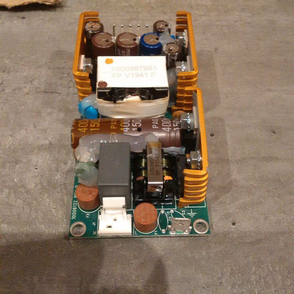 Alimentation ECM40UT31 de XP POWER