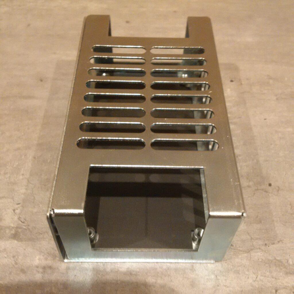Boitier pour l'alimentation ECM40UT31 de XP POWER